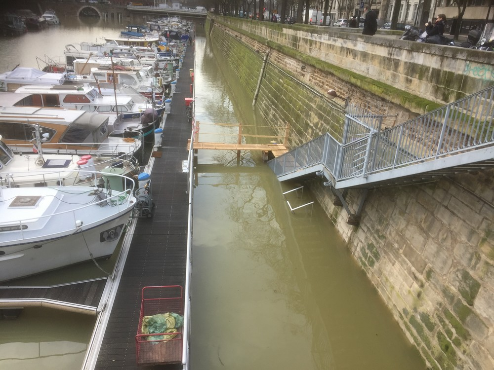 The 2018 river flood in Port Arsenal